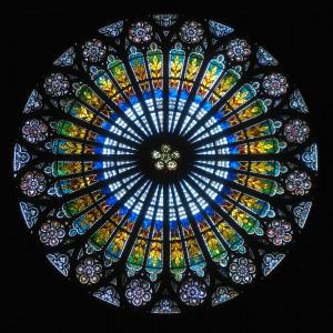 Rosace cathedrale strasbourg 300x300 La roue, l'invention qui transforma l'être humain