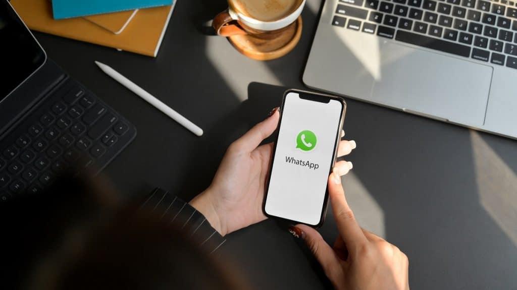 Comment envoyer des messages anonymes sur WhatsApp ?