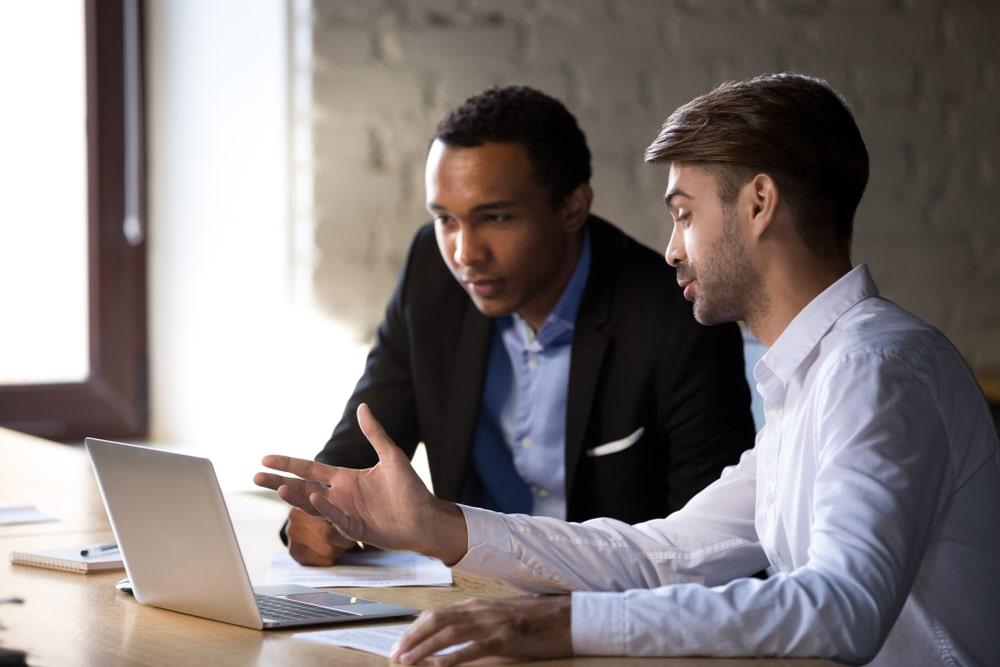 Est-ce qu'un auto-entrepreneur peut prendre un stagiaire ?