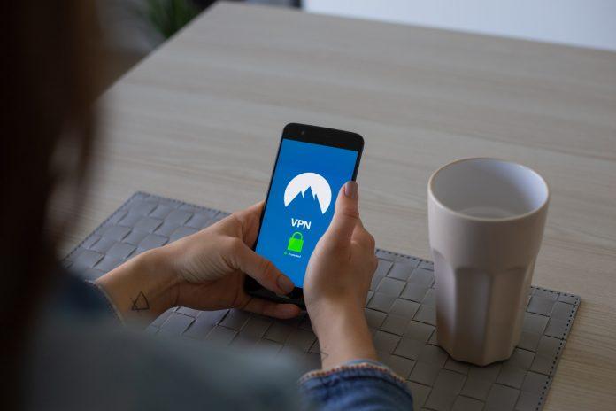 VPN dans le travail à distance : avantages et inconvénients
