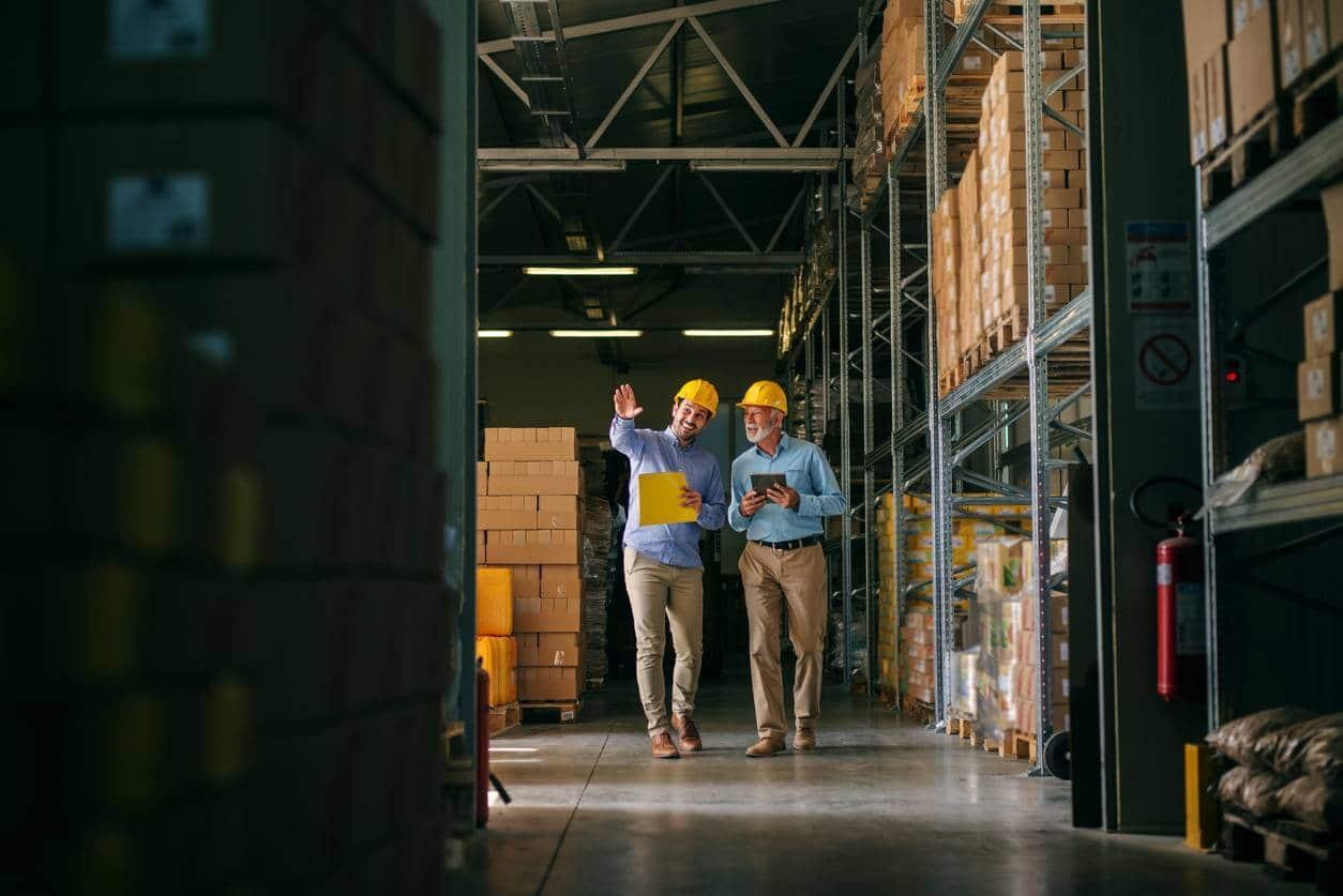entrepôt partenaire entreprise logistique transport marchandises