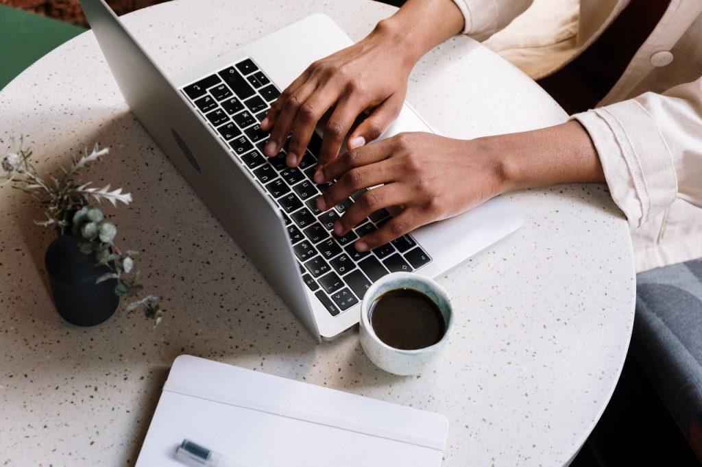 Quelles sont les fonctions de la touche Alt sur Mac ?