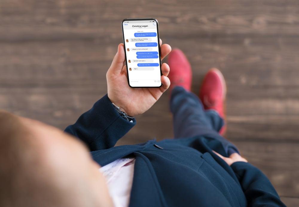 Comment supprimer un contact dans Messenger ?