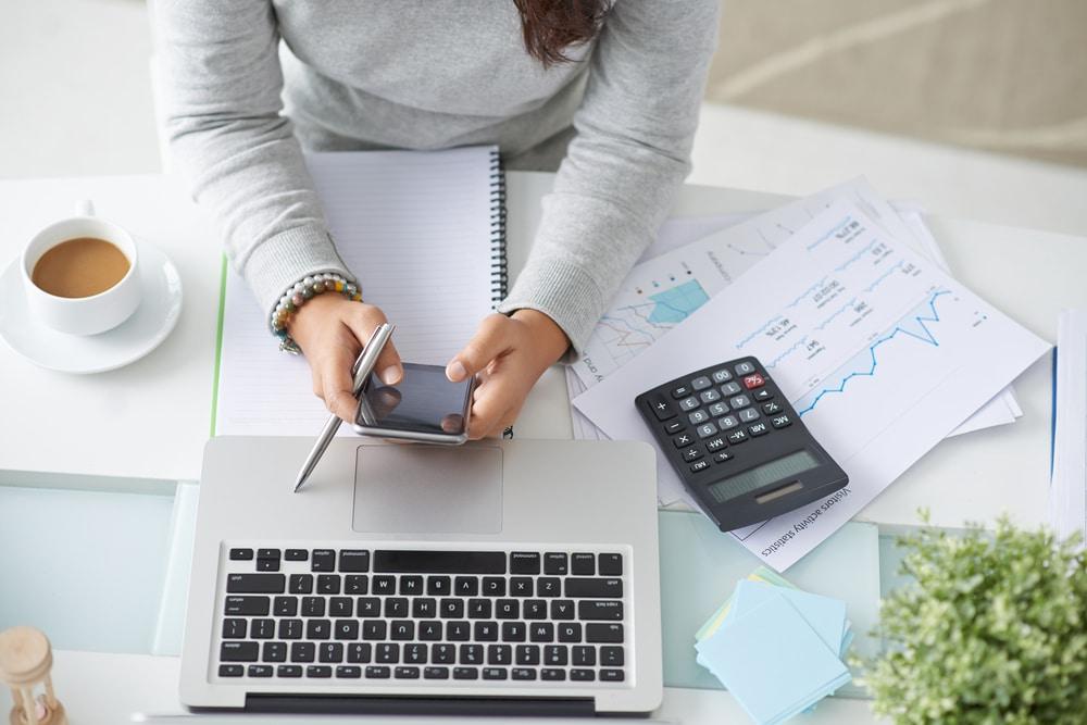 Comment faire pour devenir directeur administratif et financier?